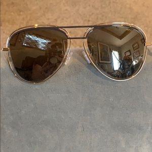 Henri Bendel 2018 sunglasses worn once.